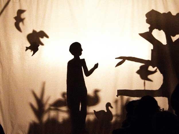 http://www.diariouno.com.ar/export/1322318600514/sites/diariouno/imagenes/2011/11/26/PRE-sombras.jpg_274898881.jpg
