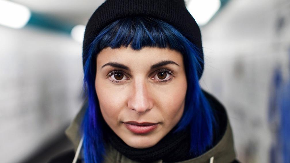 советы по выбору яркой краски для волос