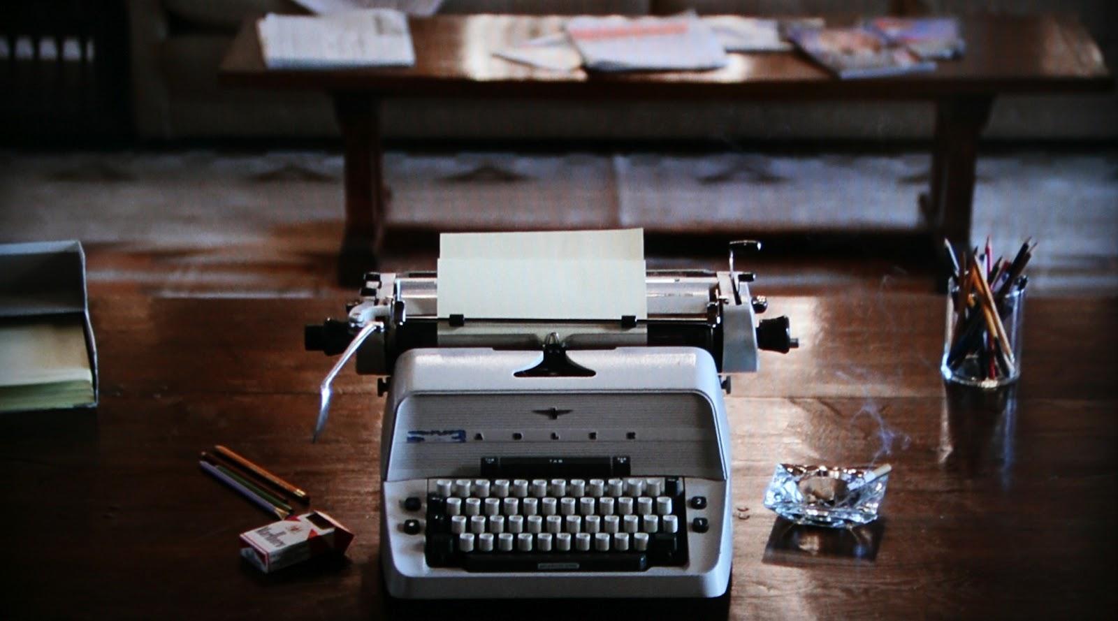 jacks-white-typewriter.jpg
