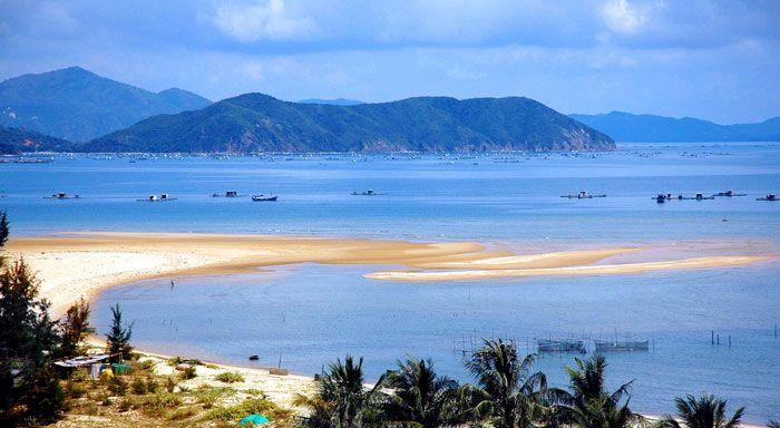 Những bãi biển đẹp ở miền Bắc phù hợp để du lịch mùa hè