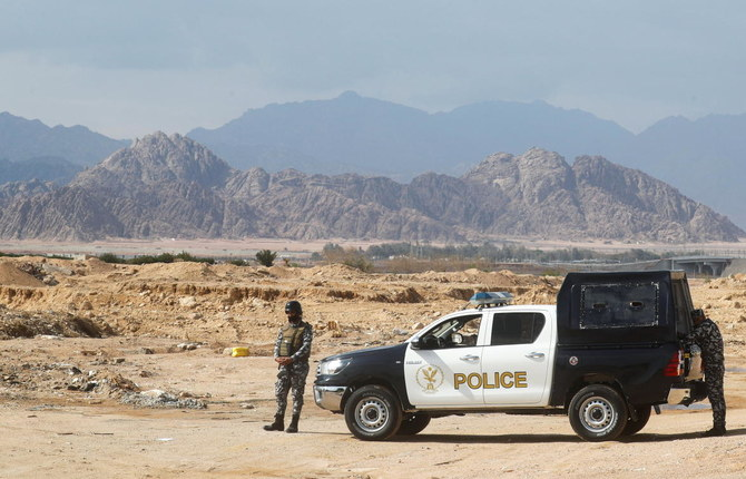 Egypt says concrete wall will protect resort of Sharm el-Sheikh