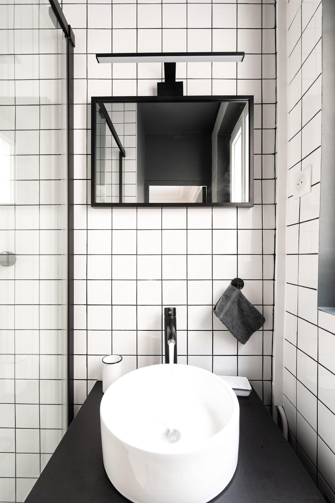 salle de bain blanc décoration architecte