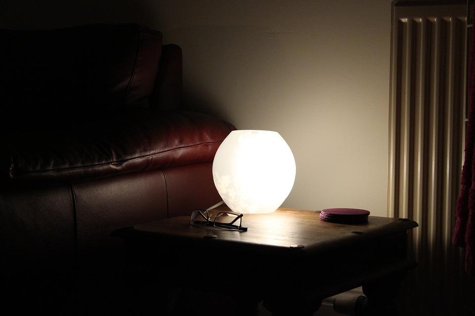 Sofa-Room-House-Glasses-Home-Light-Night-Lamp-1838257.jpg