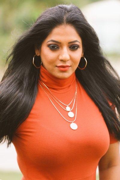 Actress Reshma pasupuleti latest pics Navel Queens
