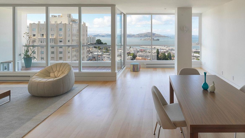 Inspirasi Desain Interior Modern dengan Jendela Kaca yang Besar - source: wellmade.ae