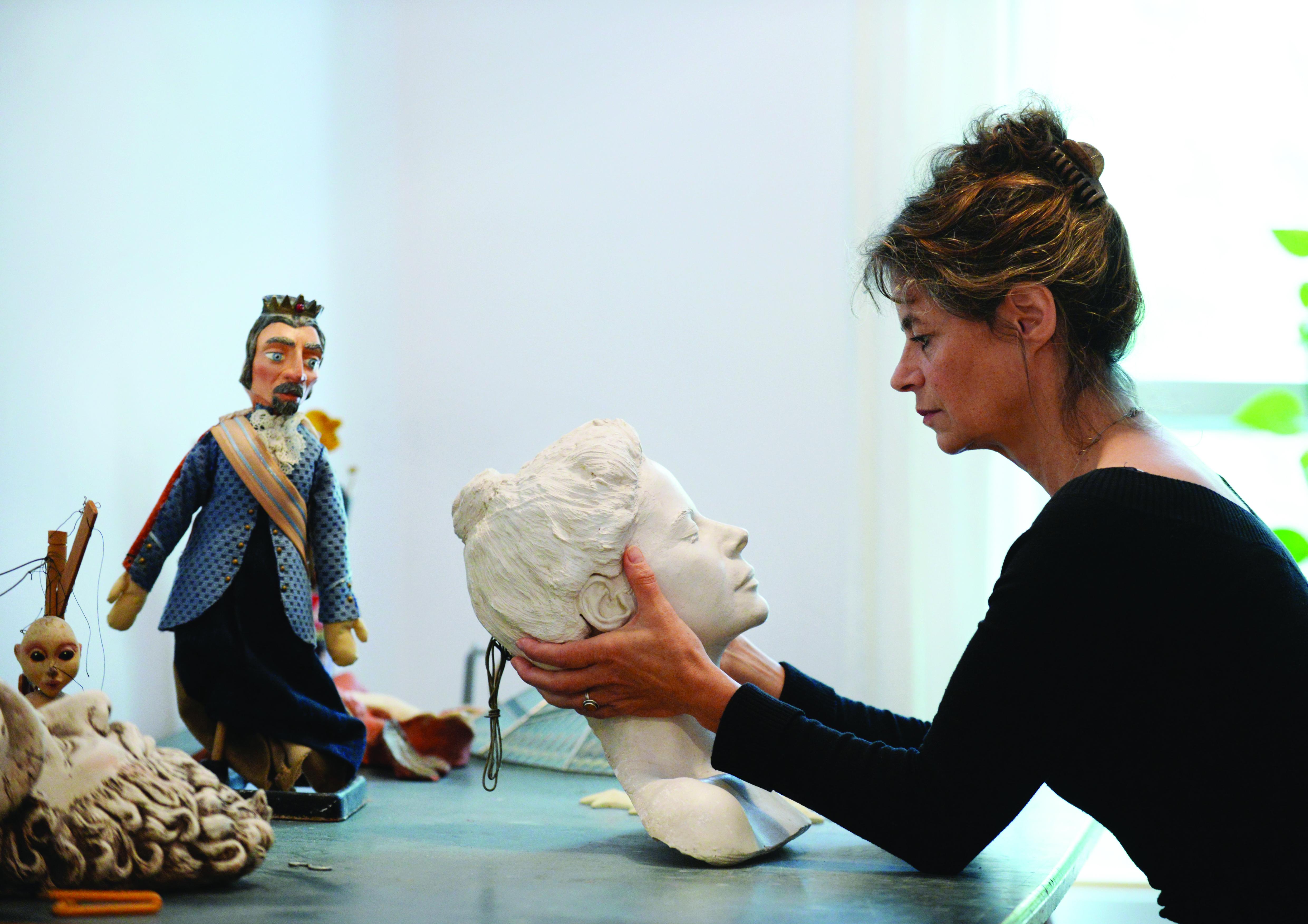 Claude Rodrigue dans son atelier / crédit Christina Alonso