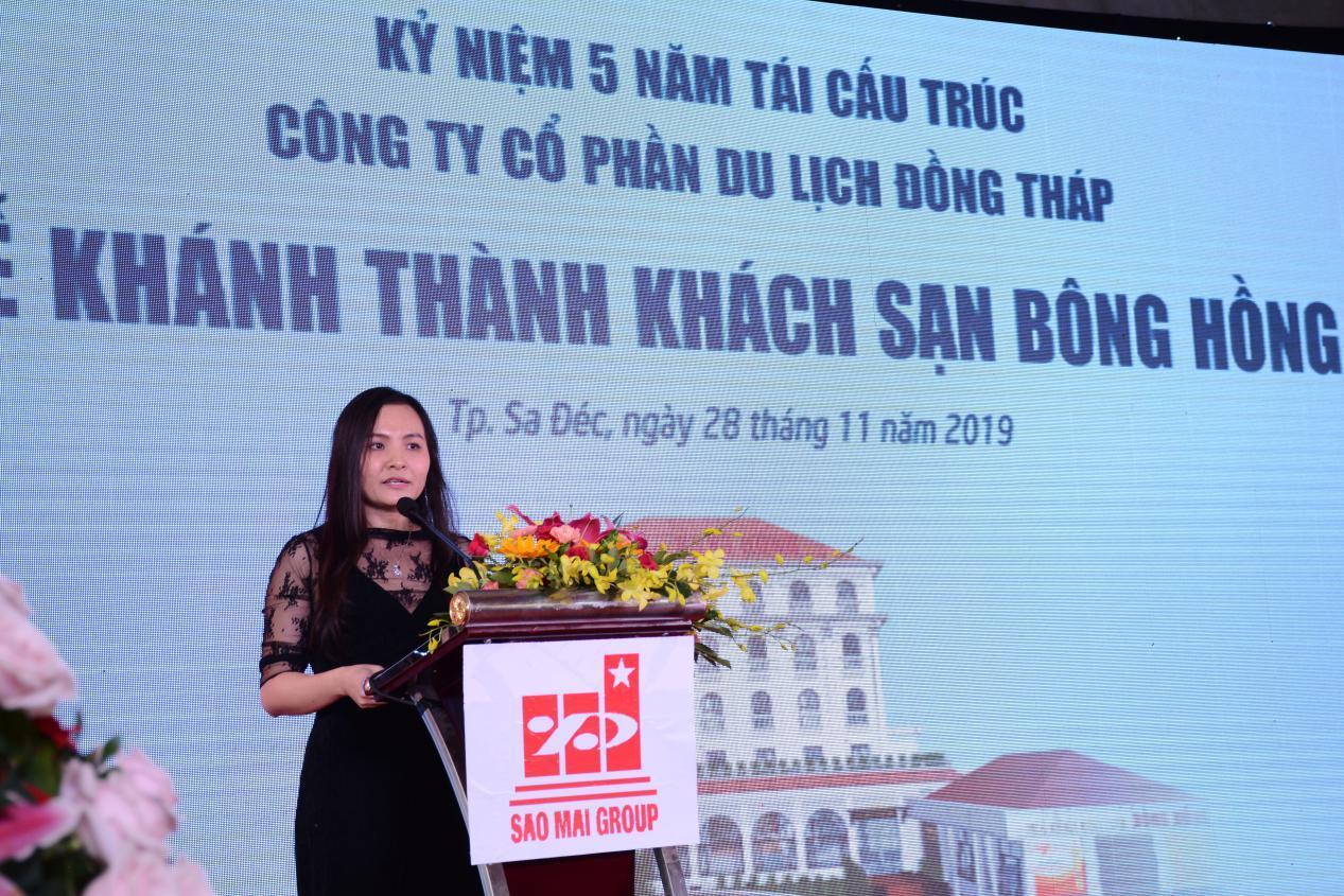 1. Bà Lê Thị Nguyệt Thu - Chủ tịch Tập đoàn Sao Mai phát biểu tại buổi lễ