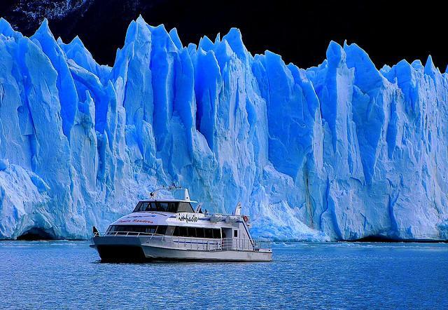 http://img.actualidadviajes.com/wp-content/uploads/2010/11/perito-moreno.jpg