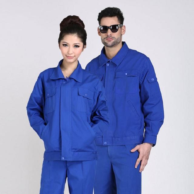 Các bạn nên tìm đến đơn vị bán quần áo bảo hộ nổi tiếng và hoạt động lâu năm