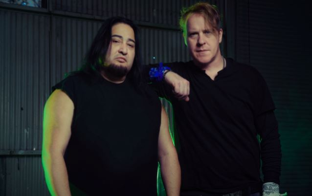 dinoburtfearfactory2015new_638.jpg