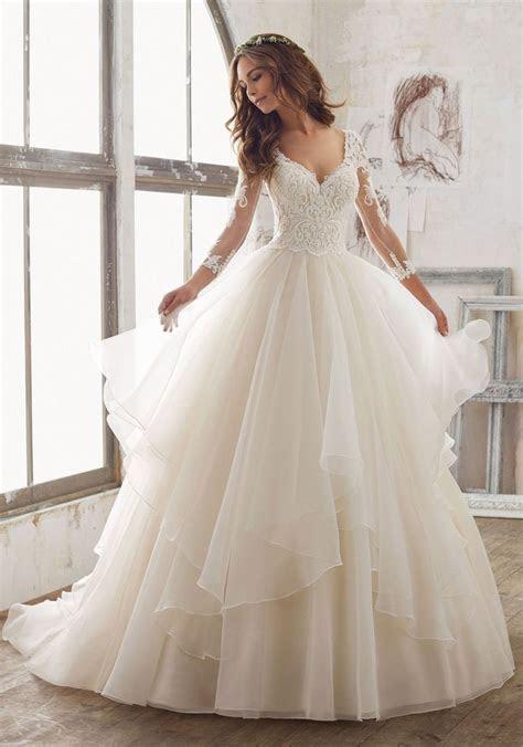 25  best ideas about Stunning wedding dresses on Pinterest