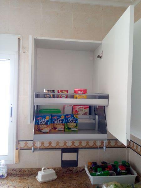C mo decorar la casa puertas de armarios de cocina a medida for Cocinas completas baratas online