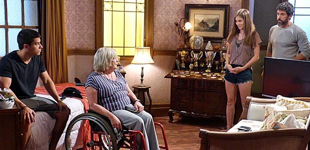 Bianca e Gael visitam Duca e Dalva (Foto: Gshow)