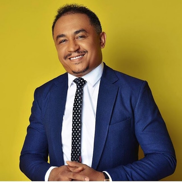 """""""Work on yourself"""" – Daddy Freeze condemns Boma for being a kiss-and-tell"""