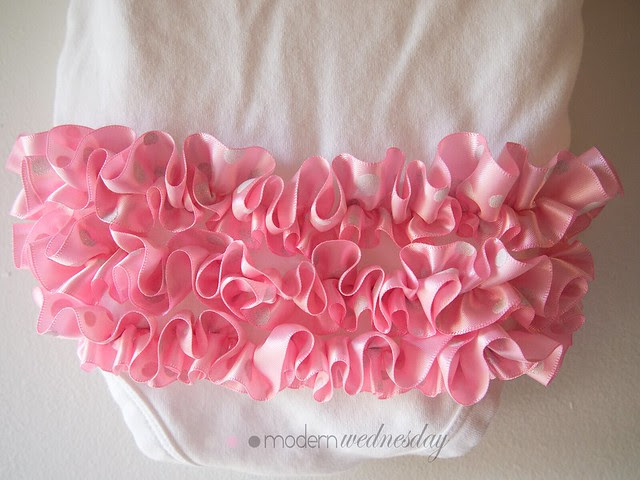 rufflebum-light-pink