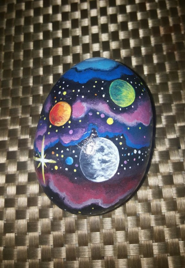 Handy Rock And Pebble Art Ideas For Many Uses14
