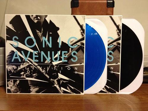 Sonic Avenues - Television Youth - Blue Vinyl (/200) & Black Vinyl by Tim PopKid