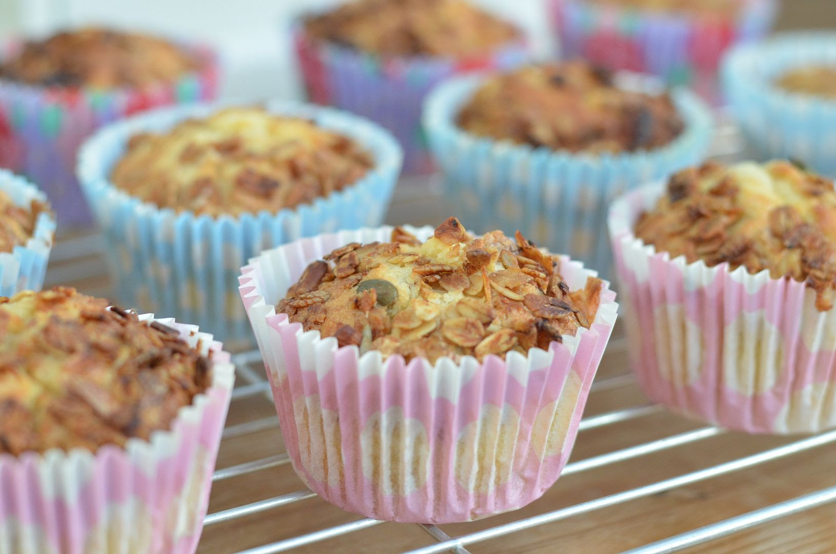 Apple & Granola Breakfast Muffins