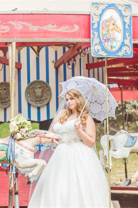 Vintage Carnival themed wedding. Curvy Bride Plus size
