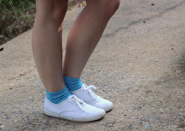 White Keds & Blue Socks