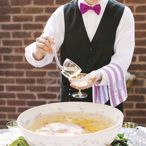 How Much Alcohol Should We Serve at the Wedding Reception