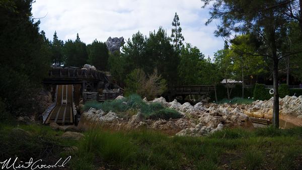 Disneyland Resort, Disney California Adventure, Grizzly River Run