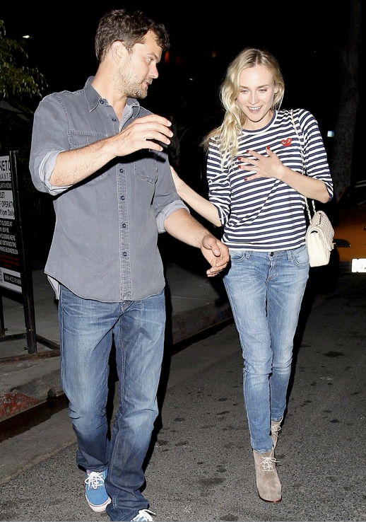CHIC COUPLE DIANE KRUGER JOSHUA JACKSON COMME DES GARCON PLAY STRIPED LONG SLEEVE SHIRT SKINNY LIGHT WASH DENIM JEANS TAN TAUPE LACE UP WEDGE BOOTS BOOTIES CREAM OFF WHITE CHANEL QUILTED BAG 3