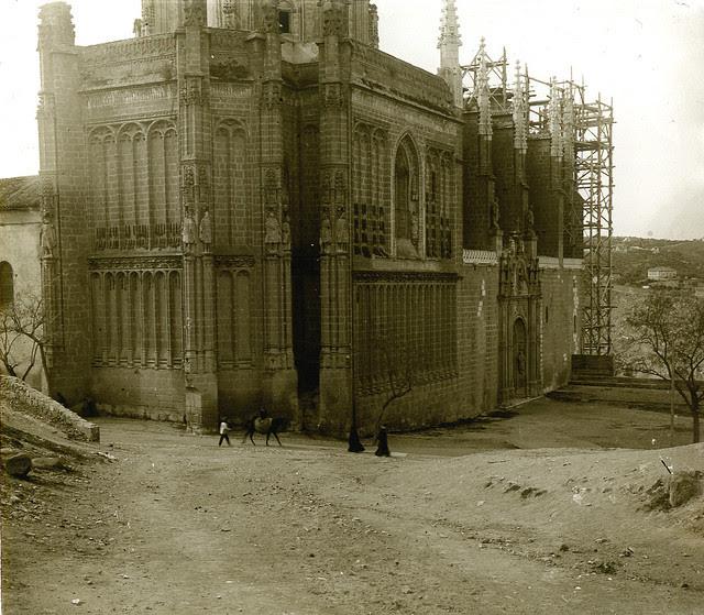 Monasterio de San Juan de Los Reyes de Toledo en 1913. Fotografía de Luis Calandre Ibáñez