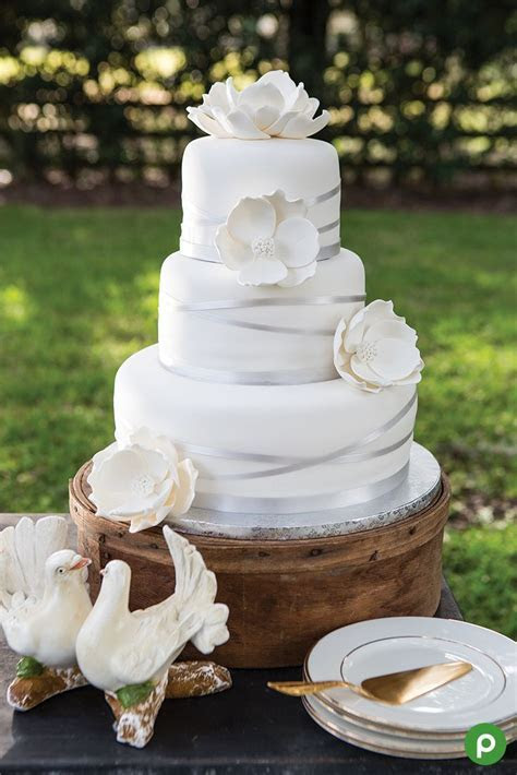 Best 25  Publix wedding cake ideas on Pinterest