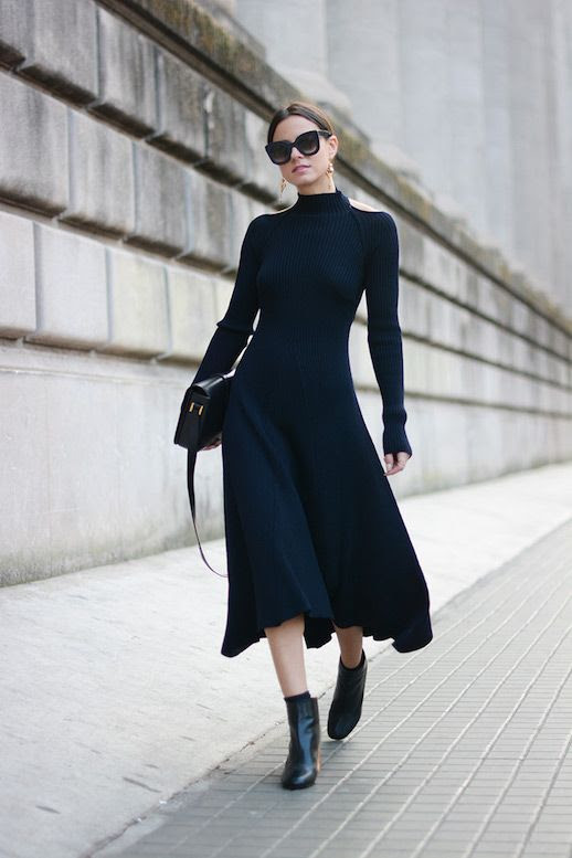 Le Fashion Blog Ribbed Turtleneck Dress Black Cross Body Bag Black Ankle Boots Via Fashion Vibe