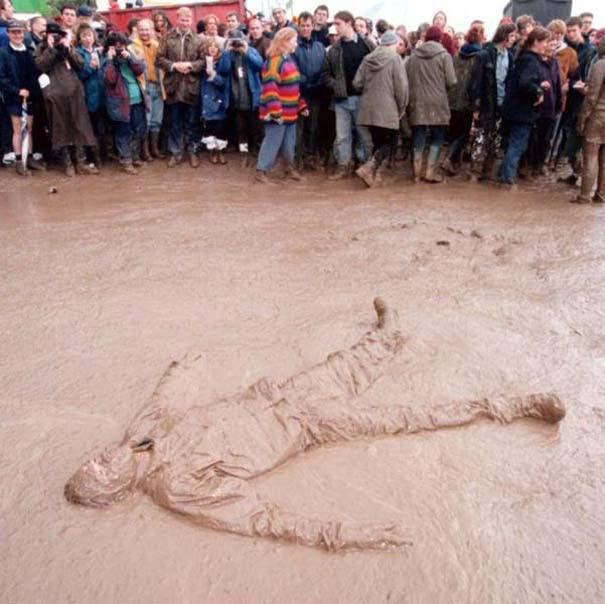 Glastonbury: Φεστιβάλ στις λάσπες (12)
