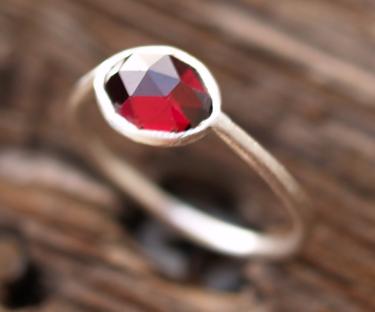 rose cut garnet ring - dadamietz