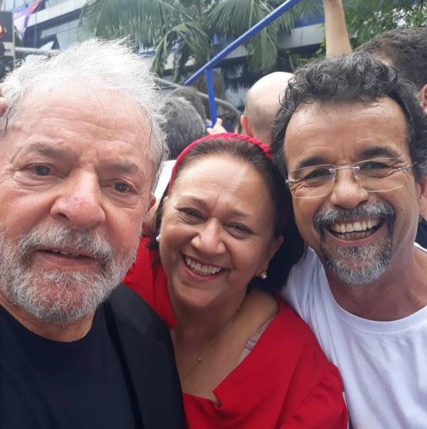 Lula-Fátima-e-Fernando-Mineiro-em-São-Bernardo-do-Campo-09-11-19-e1573339959444.jpg (620×623)