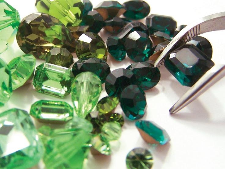 Verde das matas, Inspiração da Natureza!  Acesse a www.beadshop.com.br e De hum barrete especiais in SUAS Criações!