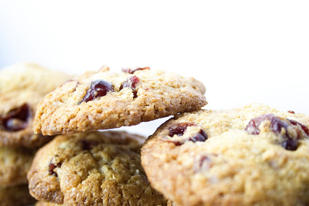 Cranberry White Choc Cookie (2)