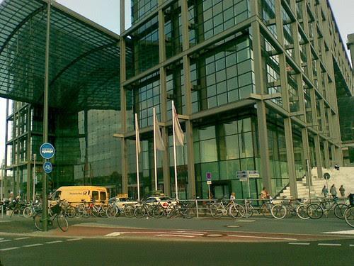 berliinin uusi rautatieasema