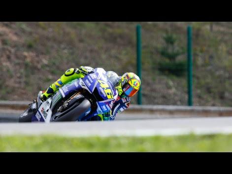 Valentino-Rossi-Movistar-Yamaha-MotoGP-CZE-RACE-575797