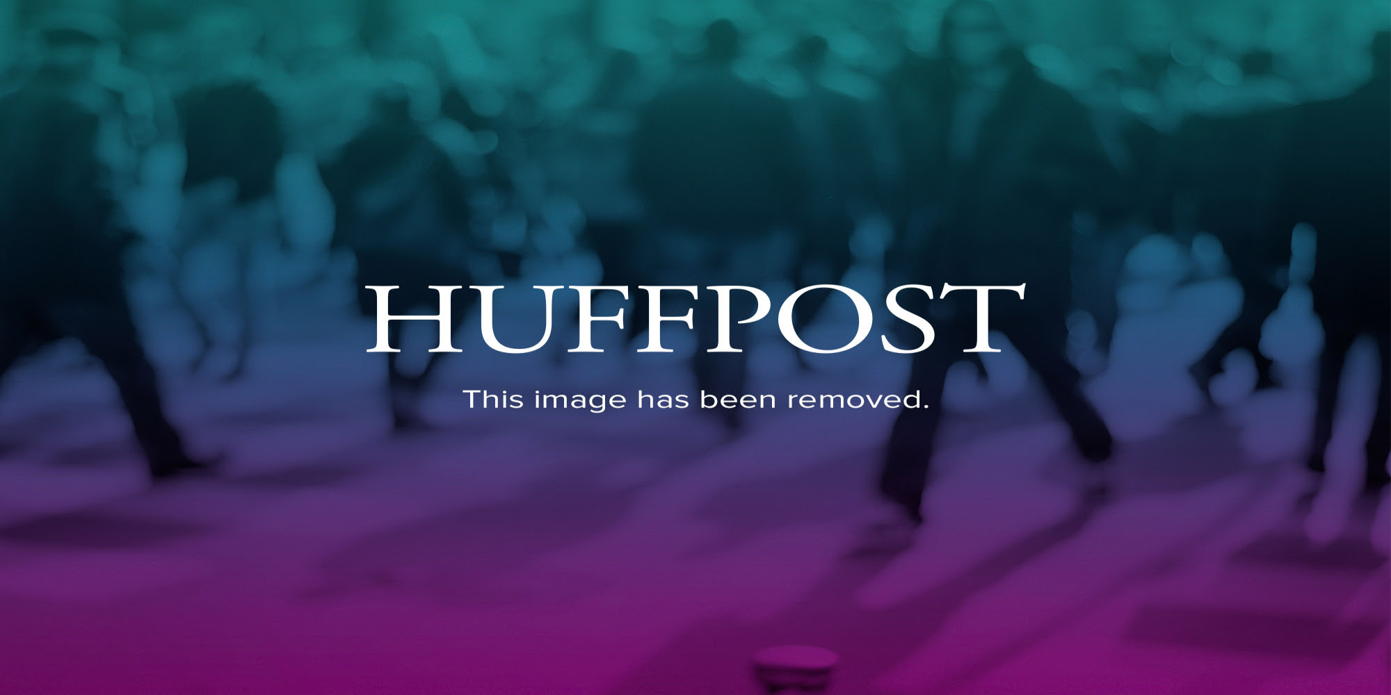 http://i.huffpost.com/gen/963637/thumbs/o-HURRICANE-KATRINA-DESTRUCTION-facebook.jpg