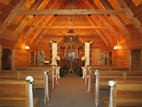 A Light of Love Wedding Chapel   Weddings / Romance in