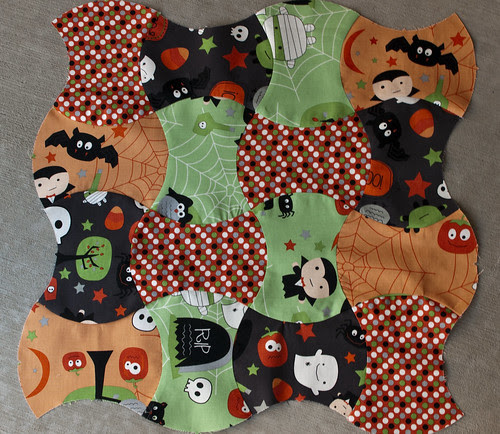 Halloween Wall-Hanging/Table Topper