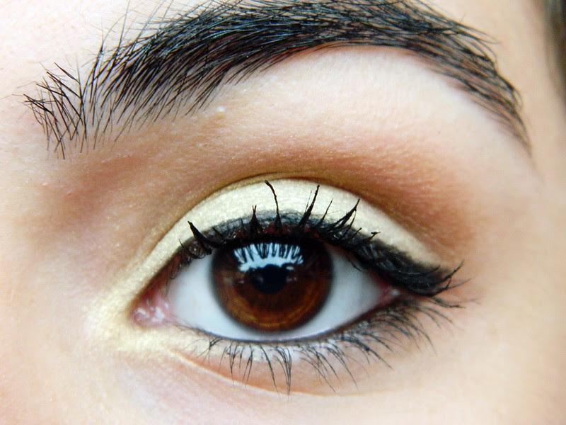 juliana leite make dourada delineado esfumado ouro maquiagem dia 001