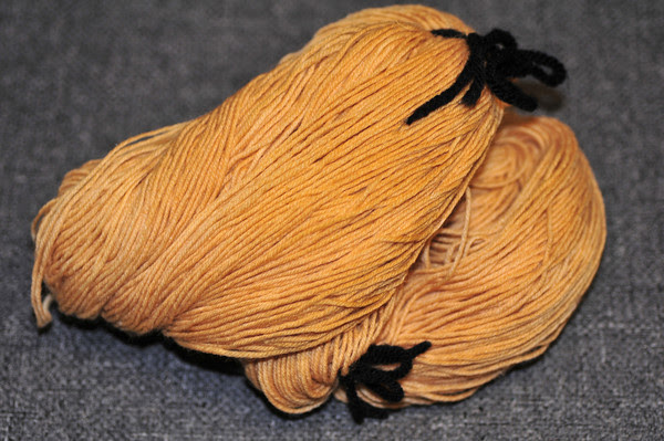 aspen-dyed sock yarn