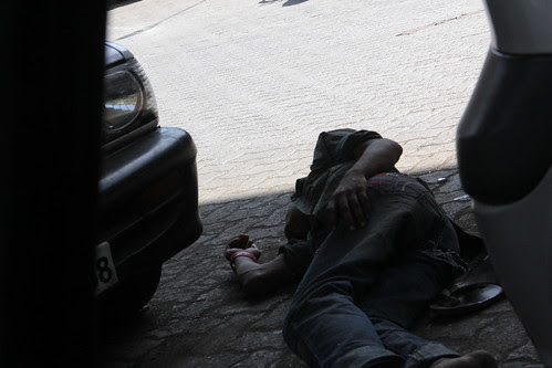 he will lie there till the next shot ...gardalus drug addicts jj signal corner by firoze shakir photographerno1