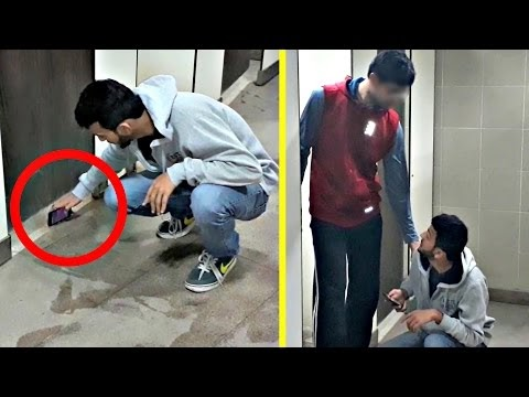 Taking Pictures In Bathroom Prank | AVRprankTV | Pranks In India