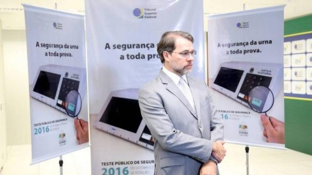 O presidente do TSE, ministro Dias Toffoli, durante os testes de segurança das urnas eletrônicas