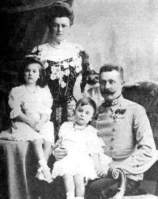 The AUSTRIAN ROYAL FAMILY with the Heir to the Austrian Throne, ARCHDUKE FRANZ FERDINAND, who was assasinated in sarejevo, which was the catalyst that started World War I. Pictures, Images and Photos