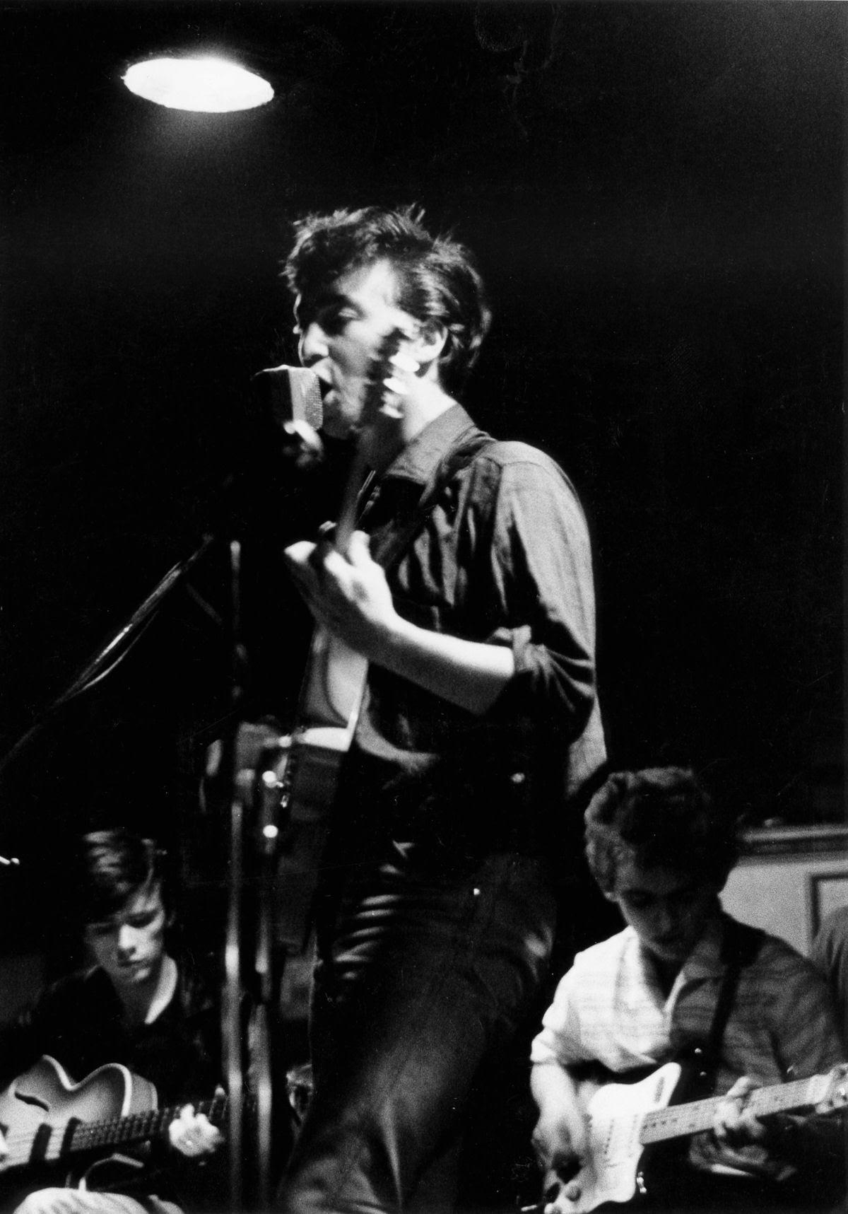 """Stuart Sutcliffe, a breve vida de um pintor talentoso e um baixista medíocre, o """"quinto Beatle"""" 10"""