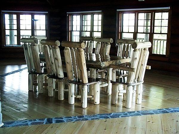 Decorando el hogar muebles hechos con troncos de madera for Muebles con troncos