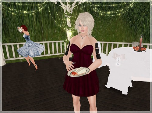 Wedding Day - Ulaa eats and Elle throws