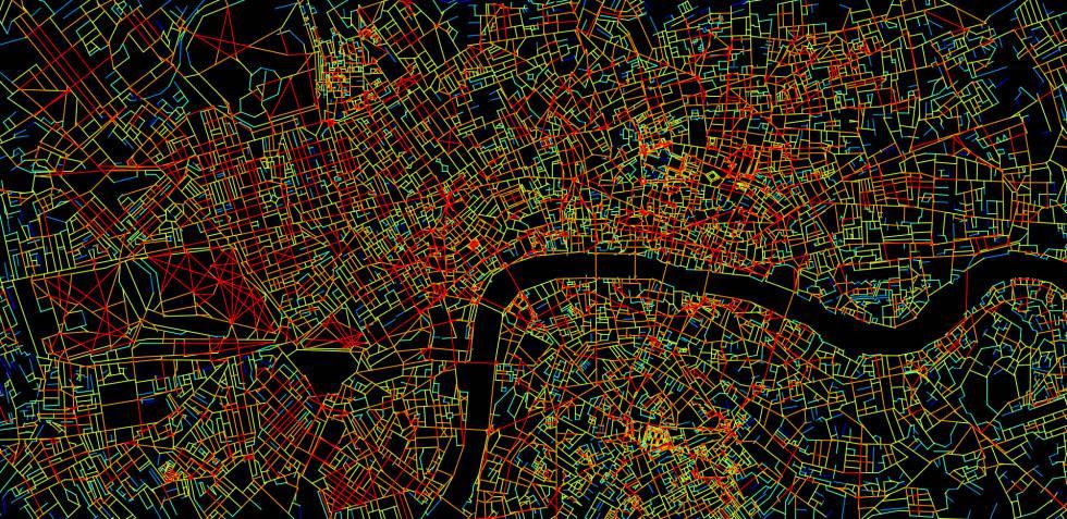 Mapa del centro de Londres. En rojo, las calles con más conexiones, en azul las más aisladas.